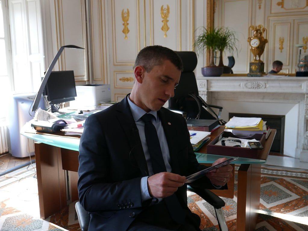 Vis ma vie de député, mes 24 heures entre Strasbourg et Paris avec Bruno Studer