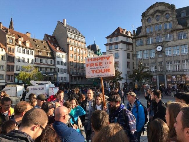 Depuis 4 ans, les free tours attirent nombre de jeunes touristes qui veulent découvrir la ville autrement (Photo Vincent Fischer / Happy Tour)