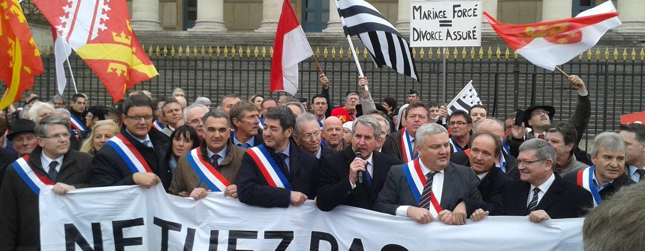 Refaire une Région Alsace ? Et maintenant une demande de référendum à Macron
