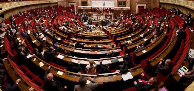 """Le Projet de loi dit """"Asile et Immigration"""" sera présenté aux députés le 17 avril. D'ici là, le texte peut être amendé en commission (Photo Wikimedia Commmons/ cc)"""