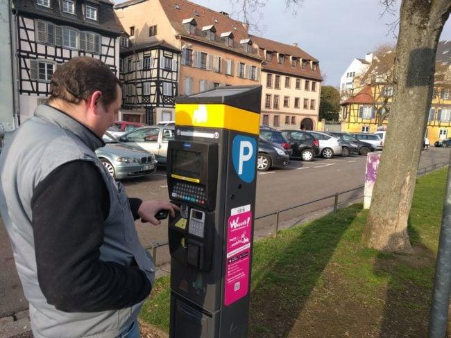 Selon Pernelle Richardot, les tarifs du stationnement en voirie n'ont pas augmenté. Mais beaucoup d'usagers ont le sentiment inverse... (Photo PF / Rue89 Strasbourg / cc)