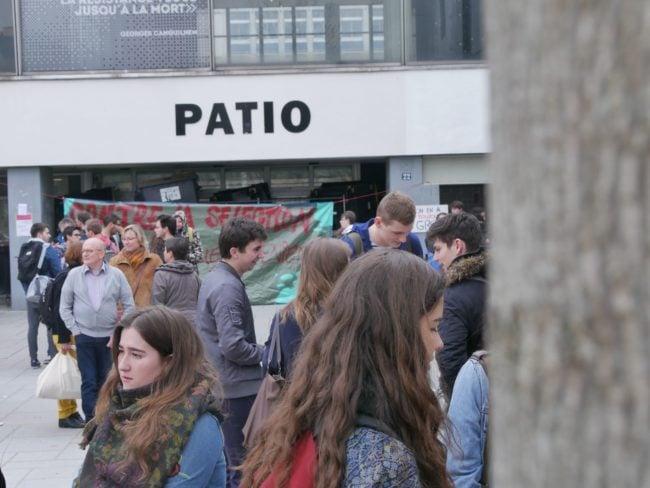 L'accès au Patio est bloqué. (Photo GK / Rue89 Strasbourg / cc)