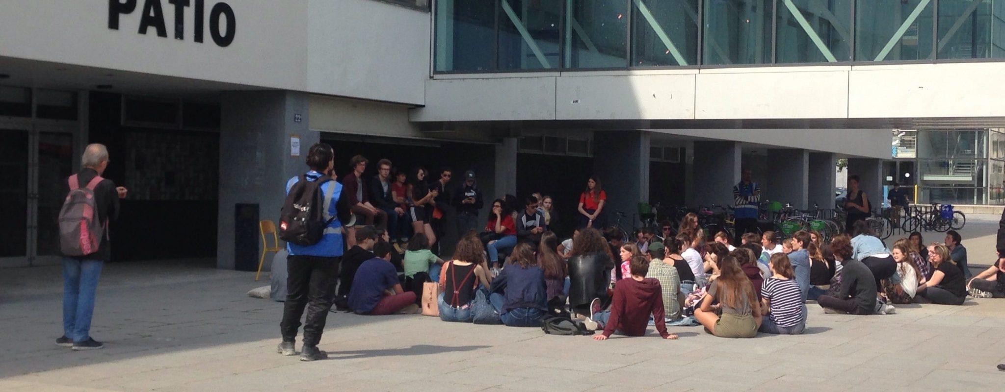 Les «étudiants en lutte» tentent de mobiliser les lycéens de Strasbourg