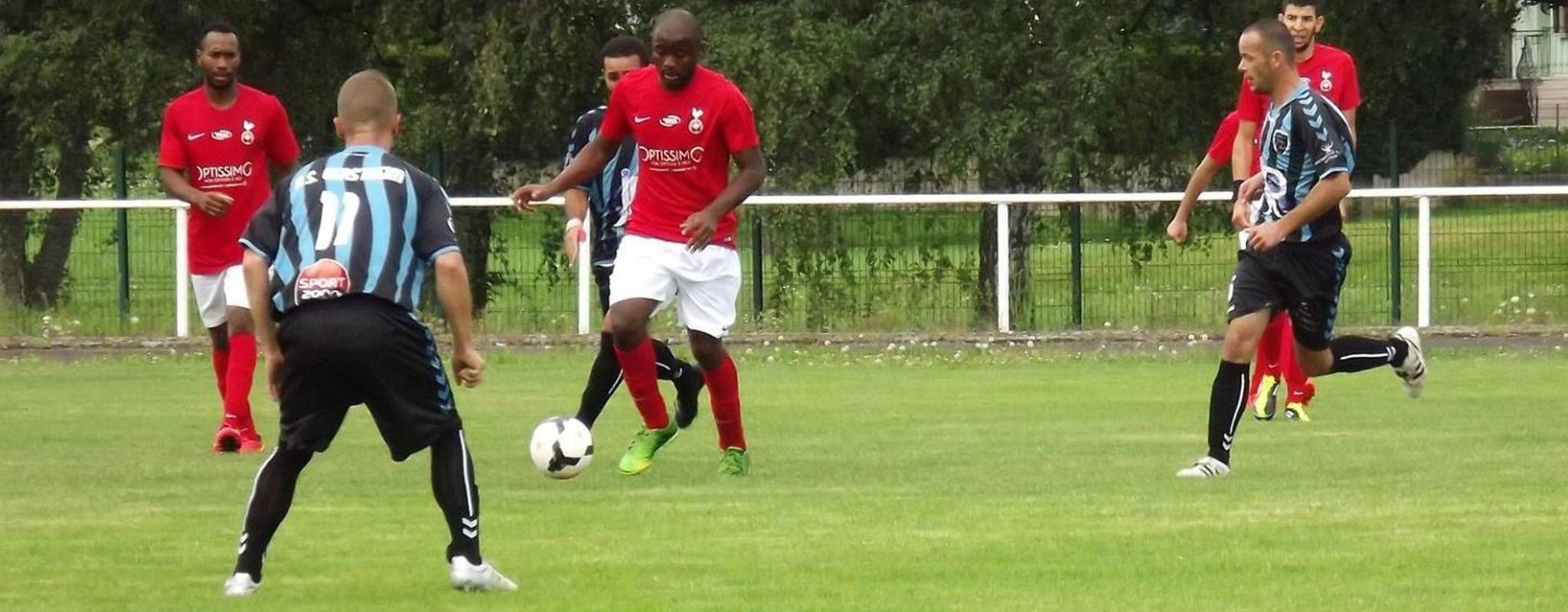 Quatre suspensions après des affrontements racistes en marge d'un match de foot à Mackenheim