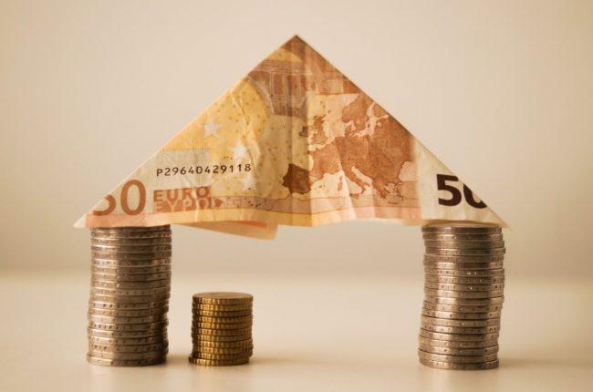 Le pacte financier, un équilibre politique fragile à obtenir (photo Public domain on Visual Hunt)