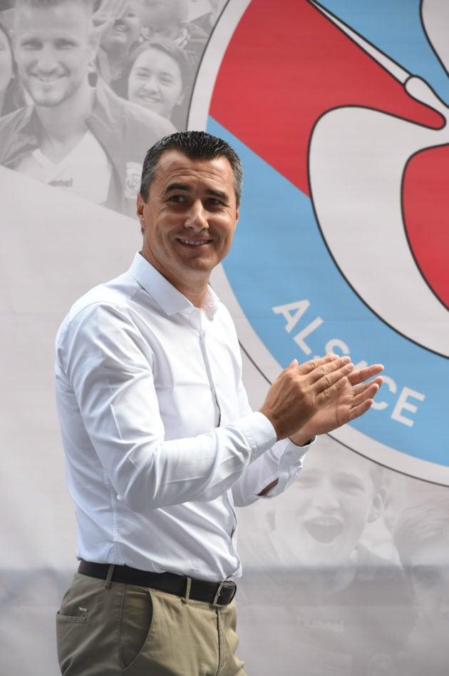 Marc Keller, ici à la journée des fans, le Fan's day, détaille sa vision pour l'avenir du club. (photo Franck Kobi / RCSA)