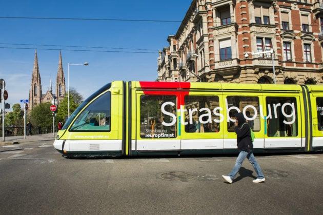À quand des transports gratuits lors des fréquents pics de pollution à Strasbourg ? (Photo Pascal Bastien / Divergence)