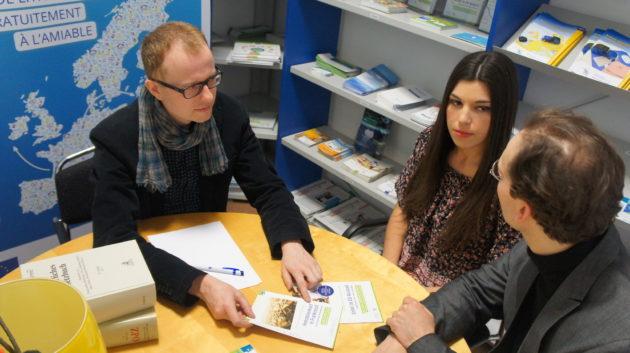 Les CEC France et Allemagne traitent environ 10000 plaintes par an. Ici, une consultation avec juriste. (Photo CEC / DR)