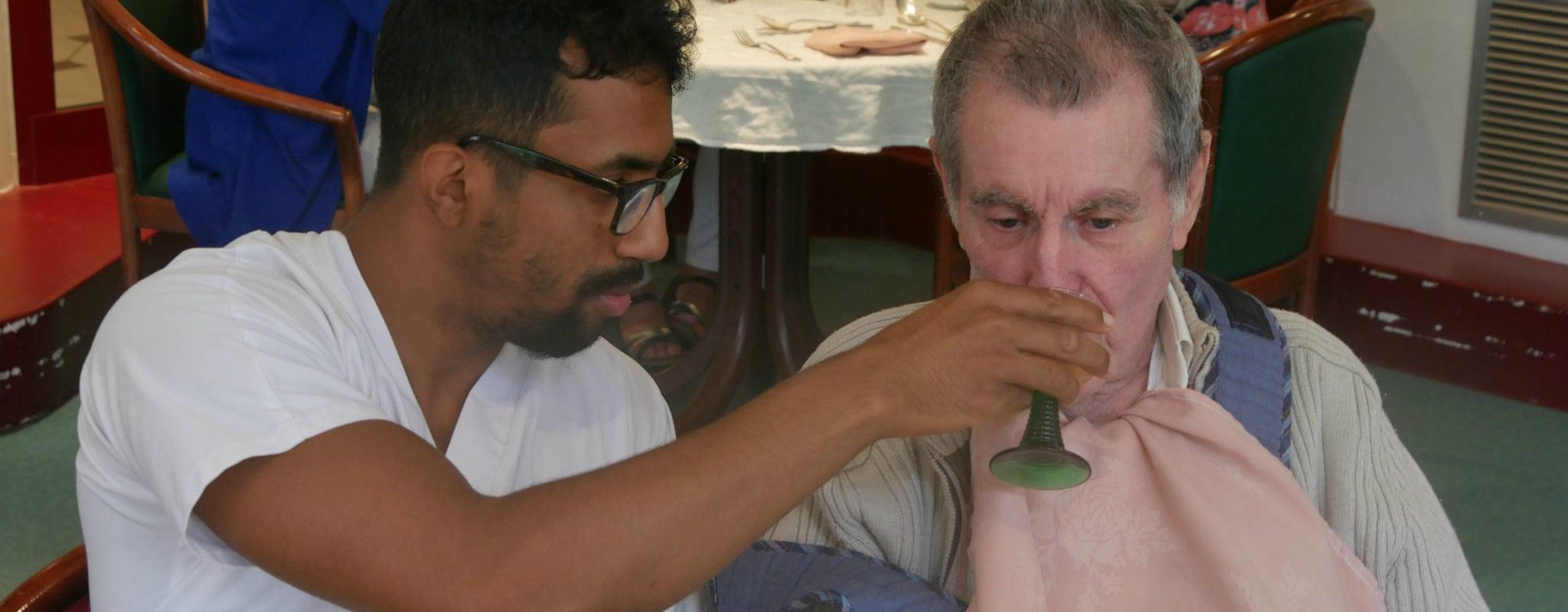«Depuis vingt ans, on manque d'aide-soignant en EHPAD»