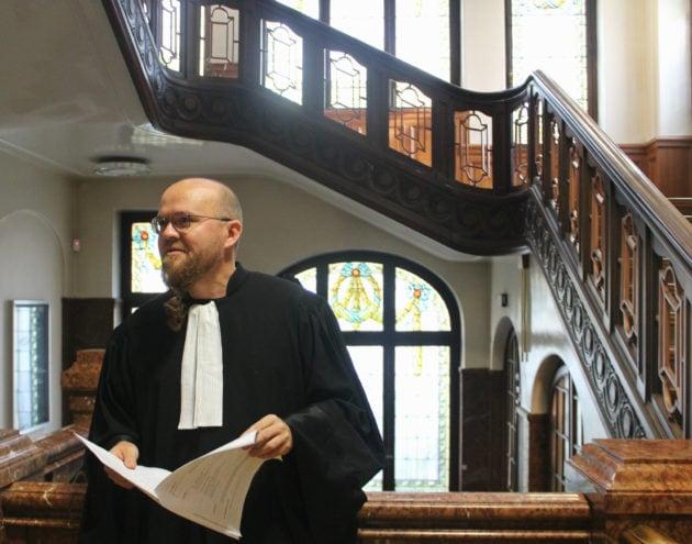 François Zind, l'avocat d'Alsace Nature peu avant l'audience (photo JFG / Rue89 Strasbourg)