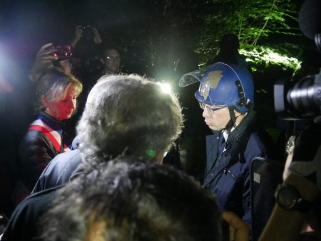 Les élus ont tenté de rappeler au secrétaire général de la préfecture, Yves Séguy, que des recours devant le tribunal administratifs n'avait pas été jugés (Photo GK / Rue89 Strasbourg / cc)