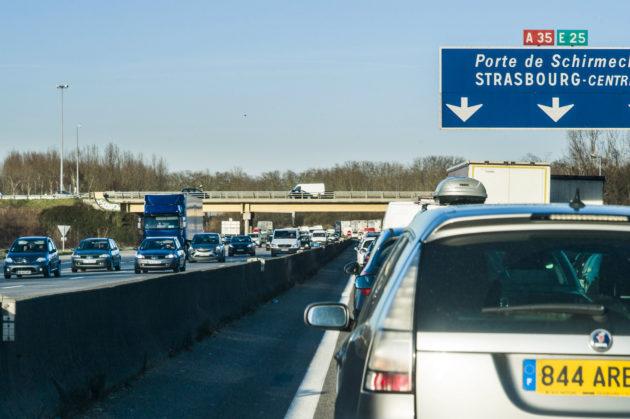 Atmo Grand Est estime que la pollution baissera avec ou sans le GCO. L'impact de l'autoroute est en revanche plus difficile à quantifier pour la population. (Photo Pascal Bastien / Divergence)