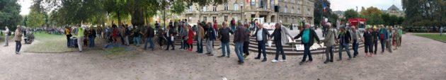 Une gigantesque ronde a été organisée place de la République (Photo PF / Rue89 Strasbourg / cc)