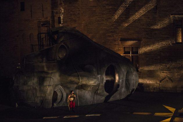 Les ruines du colosse : une scénographie démesurée (Jean-Louis Fernandez / TNS /cc)