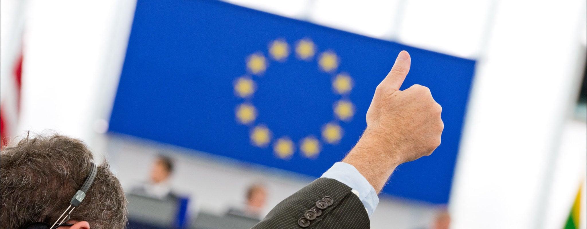 Aidez-nous: comment informer sur l'Europe?