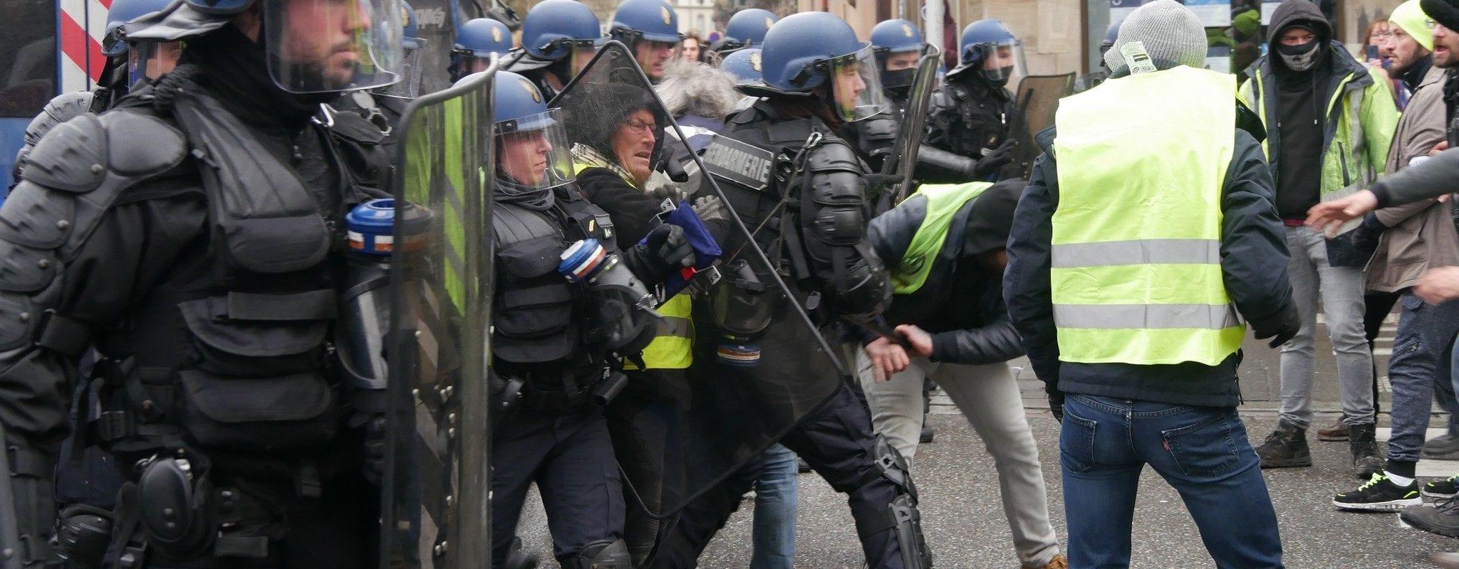 Après l'acte IX, des Gilets jaunes blessés dénoncent les violences policières