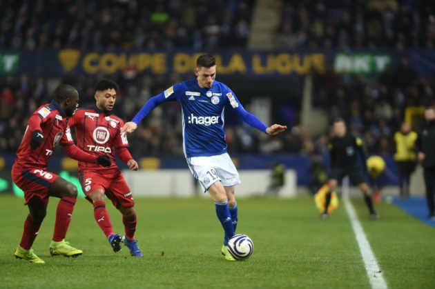 Anthony Caci au duel avec un joueur bordelais lors de la demi-finale face à Bordeaux (Photo / Franck Kobi / RCSA / doc remis