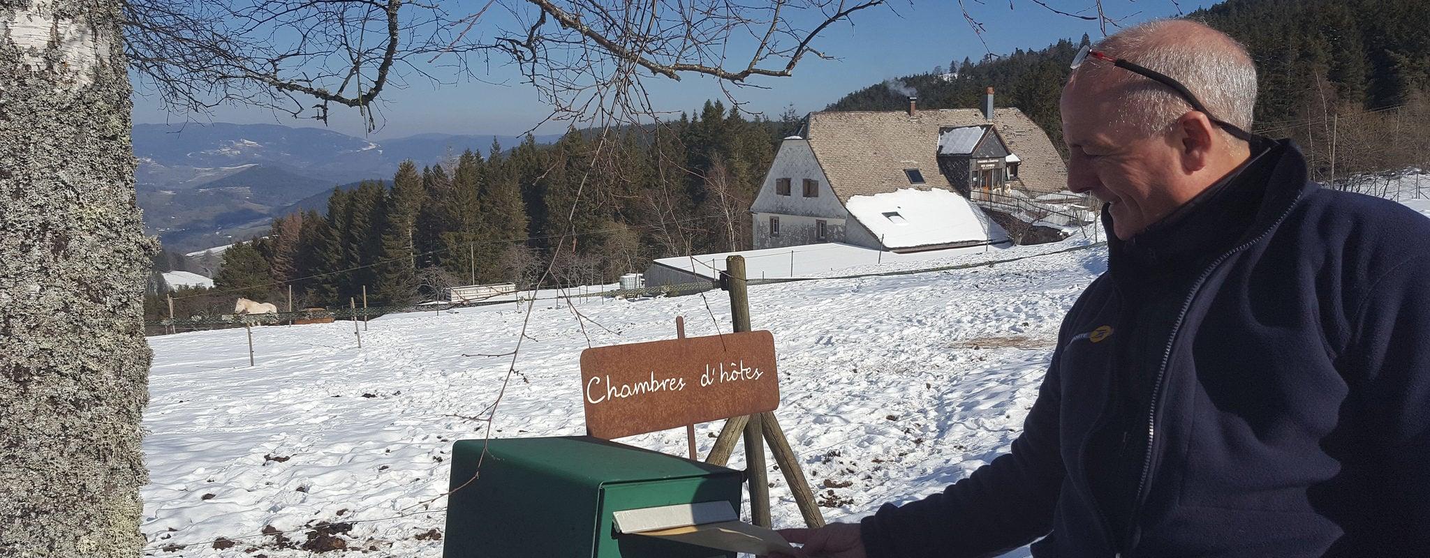 Au sommet des Vosges, la dernière tournée d'un facteur à l'ancienne