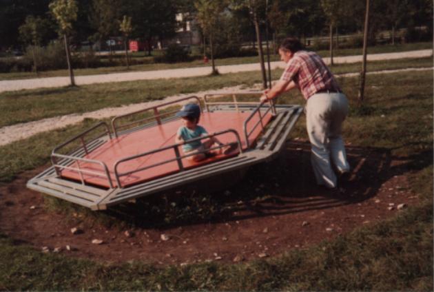 Emmanuel avec son père (archives)