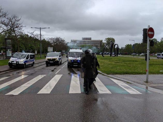 La place de Bordeaux a été évacuée (Photo GK / Rue89 Strasbourg / cc)