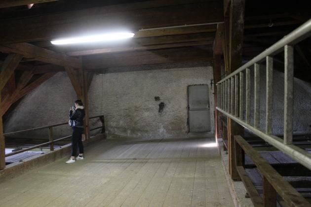 Des murs de ce type entre les combles permettraient de ralentir un incendie (photo JFG / Rue89 Strasbourg)