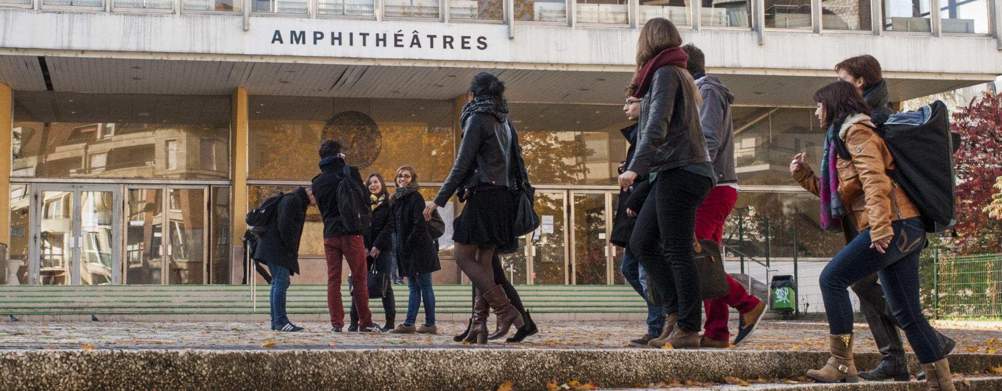 Hausse des frais d'inscription pour les étrangers : l'Université de Strasbourg tergiverse