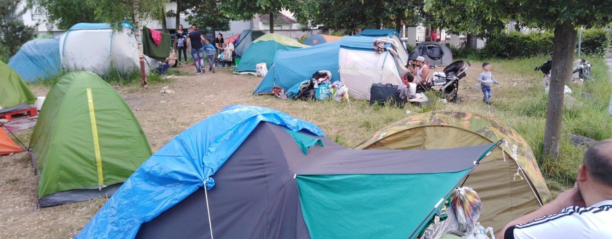 Un collectif demande un «accès à l'eau potable» pour le camp des Canonniers