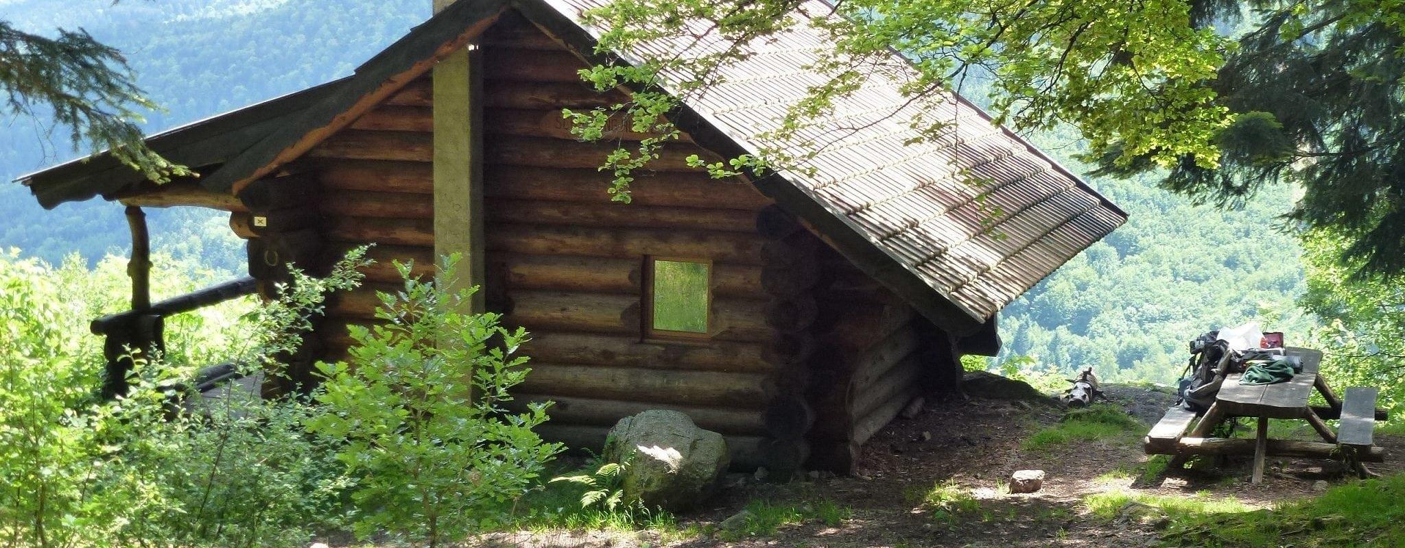 Comment randonner et dormir dans les Vosges sans porter sa tente?