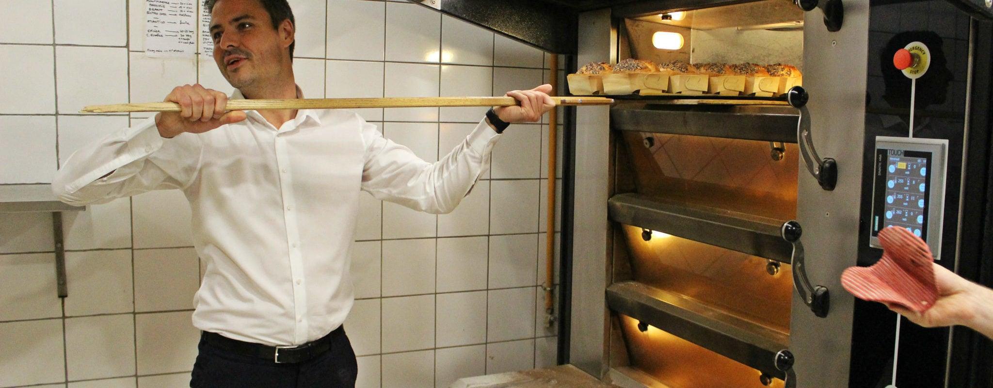 Municipales : Le candidat Jean-Philippe Vetter en boulanger pour lancer une journée de campagne