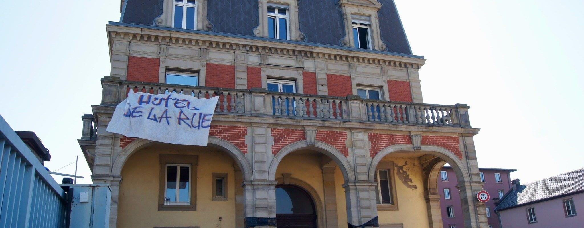 Municipales: Pour le dernier soir de la campagne, l'Hôtel de la Rue donne rendez-vous aux candidats