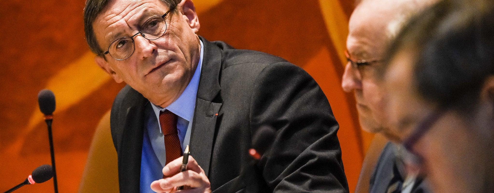 Usine d'incinération: Robert Herrmann soutient Sénerval malgré les dysfonctionnements