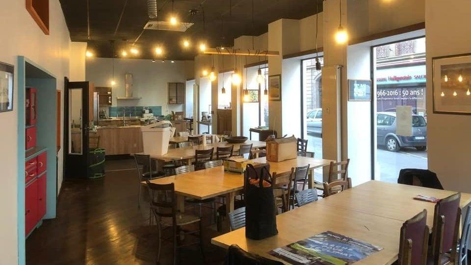 Ouverture des Petites Cantines, restaurant associatif à la gare