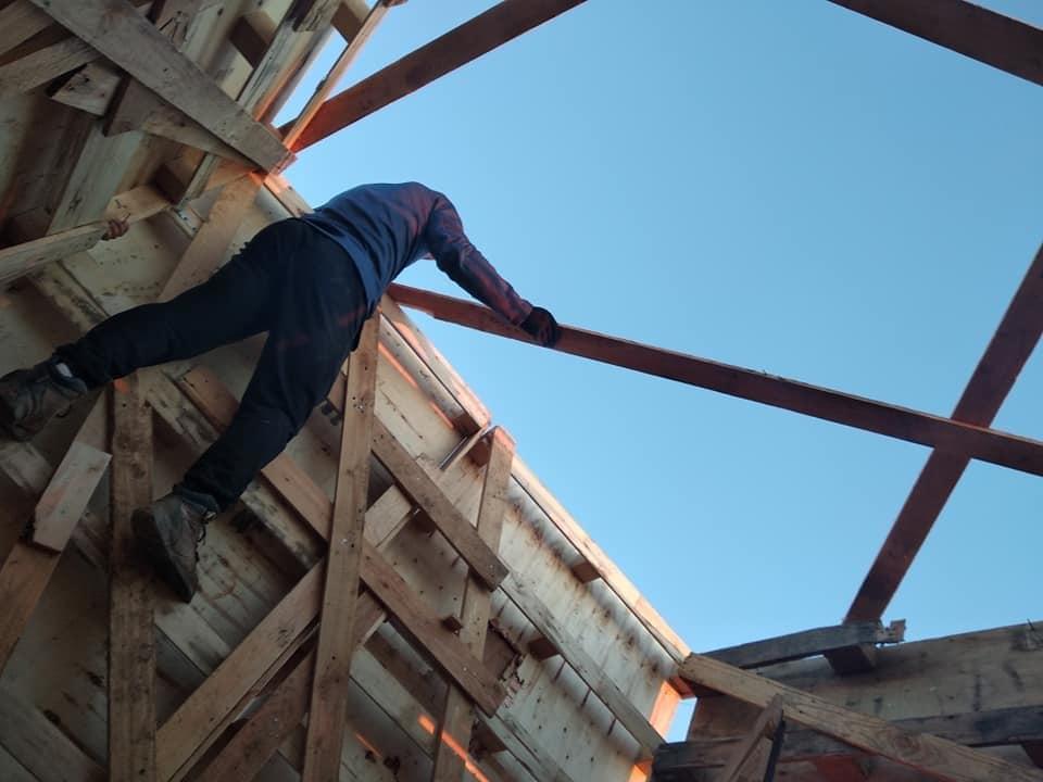 Des peines de prison prononcées contre les anti-GCO qui ont construit une cabane sur le tracé