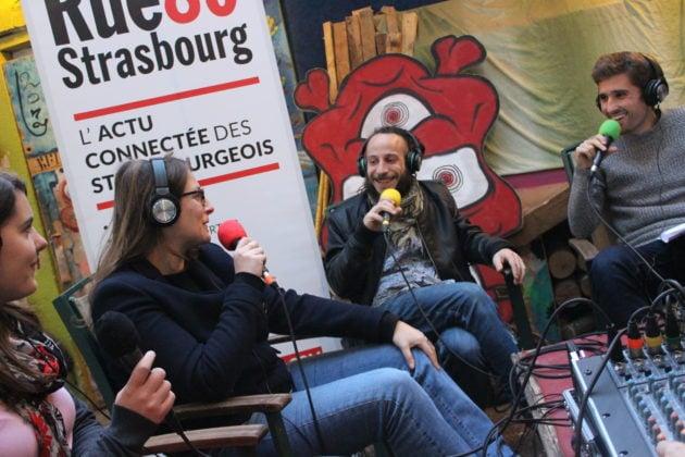 Une partie de l'équipe qui fait tourner la Maison Mimir explique le concept (Photo JFG / Rue89 Strasbourg / cc)