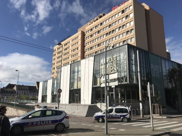 Évacuation et alerte à la bombe depuis plusieurs heures place des Halles