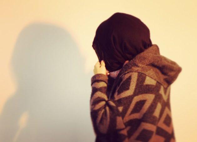 """""""La féminité ce n'est pas mettre du rose ou du maquillage"""", estime Khedija. (Photo : OG / Rue89 Strasbourg)"""