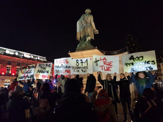 Manifestation de Strasbourg Action Solidarité contre l'arrêté anti-mendicité et pour l'hébergement des personnes sans-abri, vendredi 22 novembre à Strasbourg. (Photo remise)
