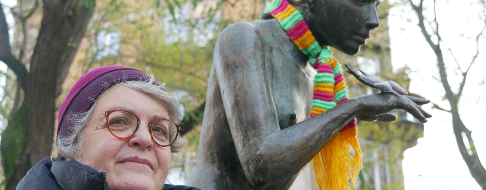 À Strasbourg, Valérie rêve de former un gang des tricoteuses