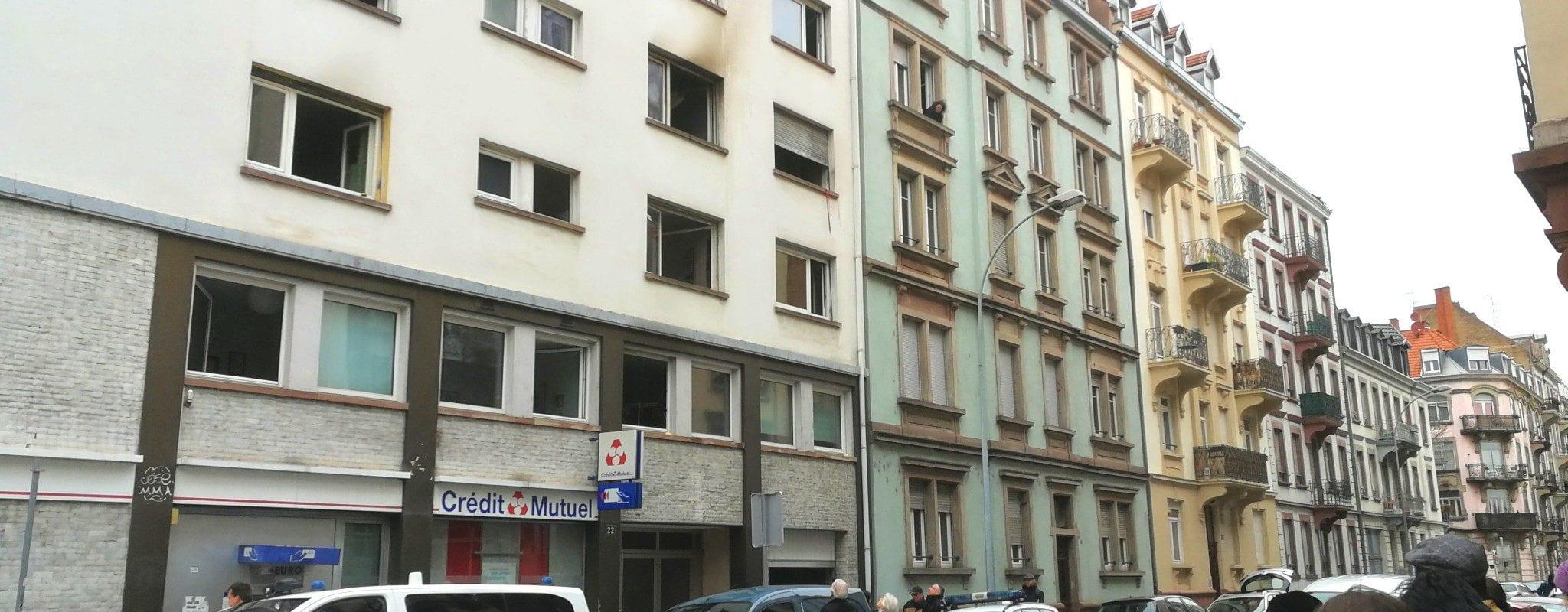 Cinq morts et sept blessés dans un incendie d'immeuble