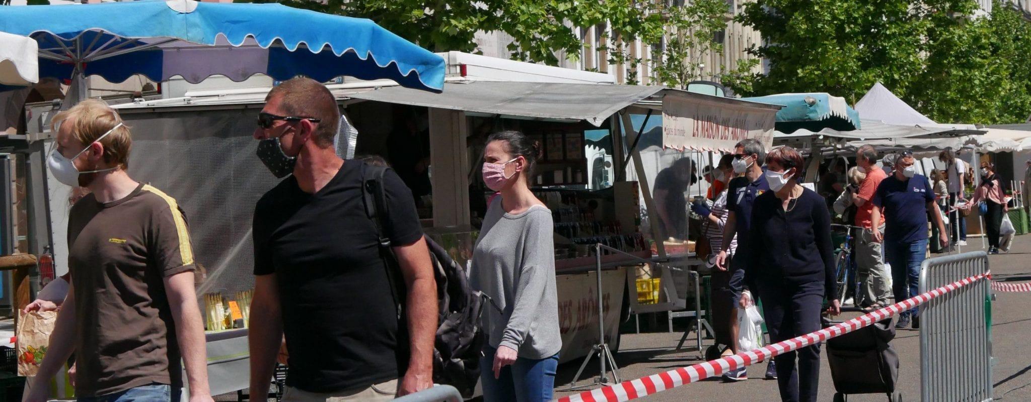 Port du masque et distanciation physique provoquent des accrochages au marché de la Marne
