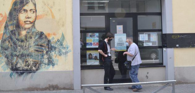 À Emmaüs Connect, on se met au numérique «pour éviter Hanouna»