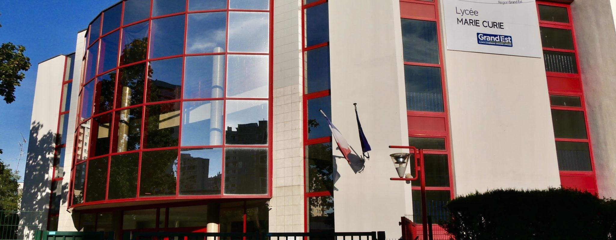 Un surveillant du lycée Marie Curie suspendu après avoir manifesté contre la réforme du baccalauréat
