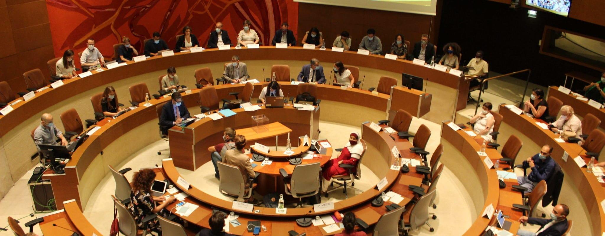 Au conseil municipal, une opposition requinquée
