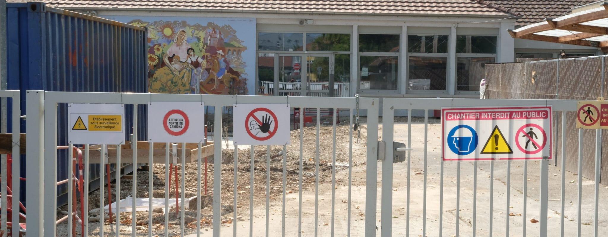 Enfants et professeurs éprouvés par une rentrée ratée à l'école maternelle Gutenberg