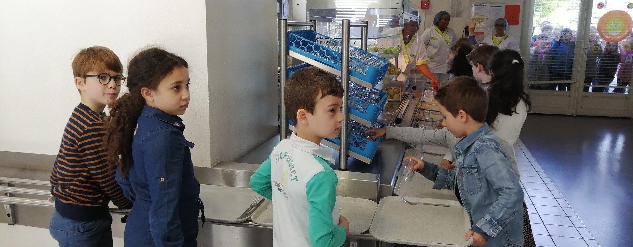 Dans huit écoles des quartiers de Strasbourg, les enfants contraints de manger froid