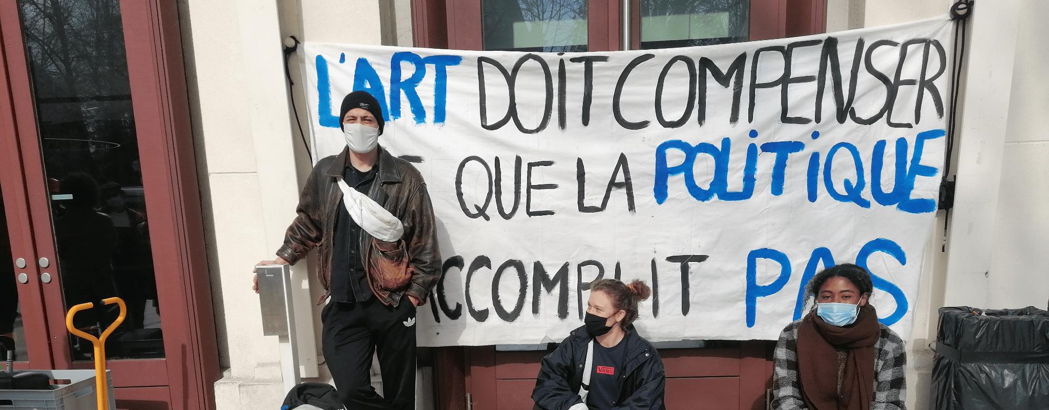 Occupation du TNS : «Notre but est de réveiller le théâtre»