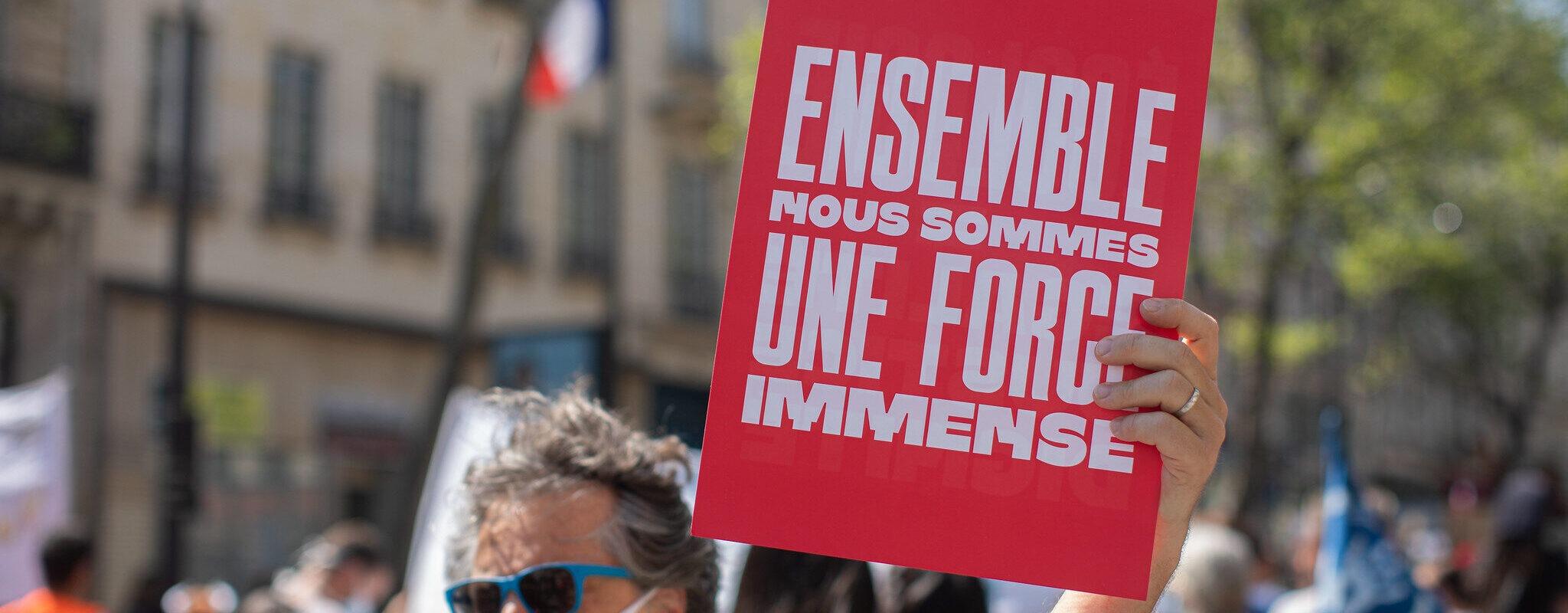 «Militants socialistes, nous refusons la division actuelle qui conduit à notre effacement»